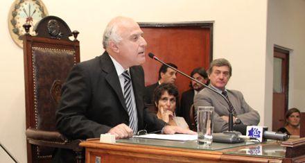 Lifschitz abrió las sesiones del Concejo y pidió municipalizar el servicio de agua y luz