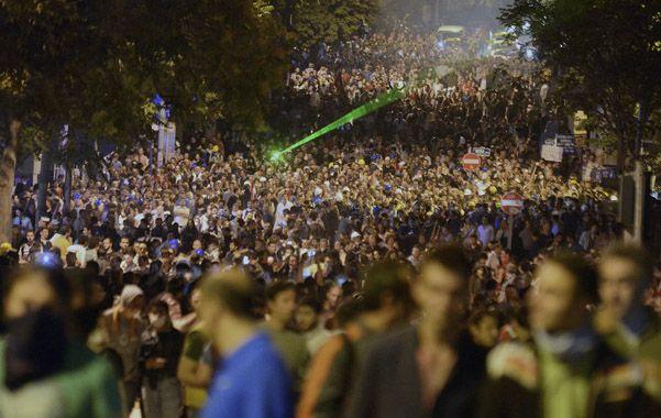 Masividad.  Los habitantes de Ankara también salieron ayer a la calle y fueron reprimidos por la policía.
