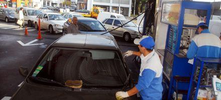 El abastecimiento de combustible se normaliza de a poco en Rosario