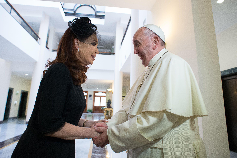 Encuentros. En una de las visitas privadas de Cristina al Vaticano