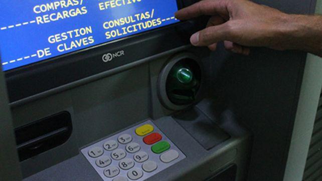 Una falla en el sistema impidió operar en cajeros automáticos y con pagos en línea