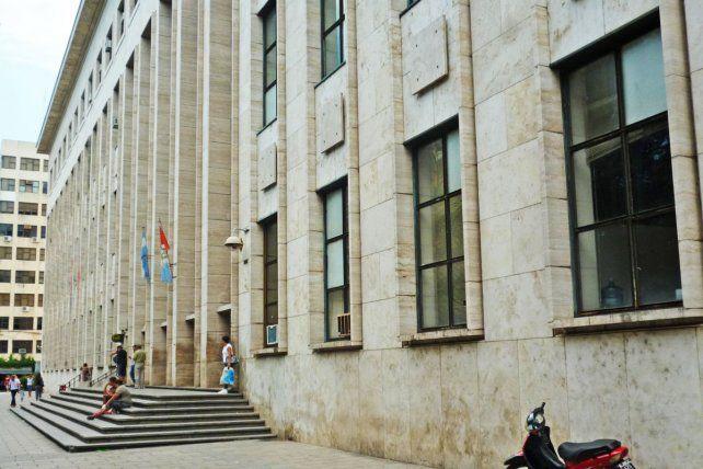 En los Tribunales de Rosario se registróp un caso positivo de Covid