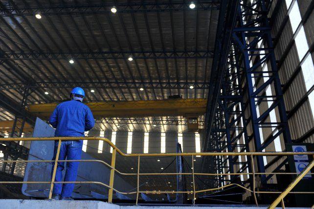 El gobierno nacional extendió por 30 días la prohibición de despidos de trabajadores