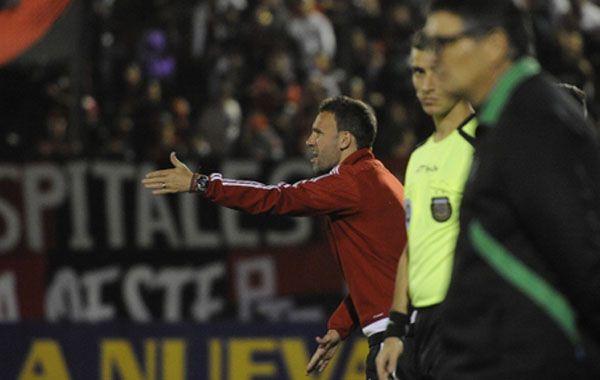El DT rojinegro valoró que su equipo salió adelante con corazón y énfasis