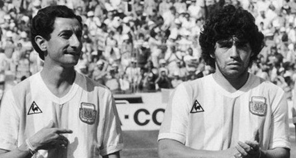Ardiles: Llegué a pensar que no habría otro igual a Diego, pero Messi es mejor
