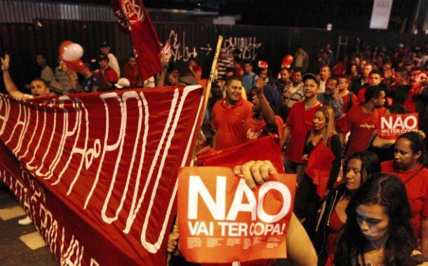 """Movilizados. Miles de manifestantes """"Sin Techo"""" marcharon por San Pablo. Ocupan un terreno y exigen viviendas."""