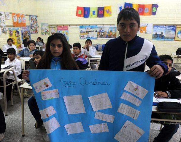 En la Escuela 419 de Tostado los chicos dejaron sus textos. (Foto: N. Juncos)