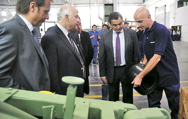 Recorrida. El martes pasado se inauguró la planta de Marangoni en Alvear.