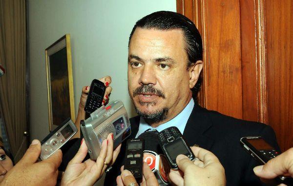 El ministro de Gobierno de Santa Fe respaldó a su par de Seguridad.