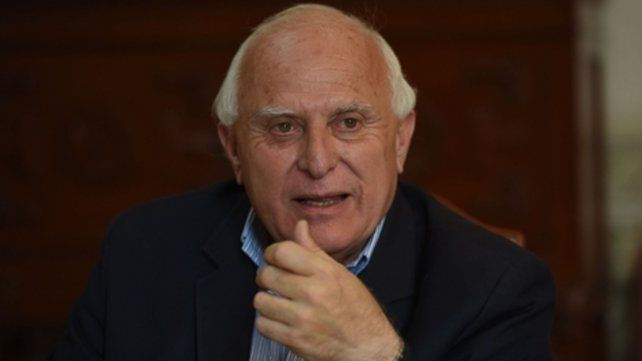 Lifschitz podría ser candidato a senador nacional y un radical encabezaría la lista a Diputados.
