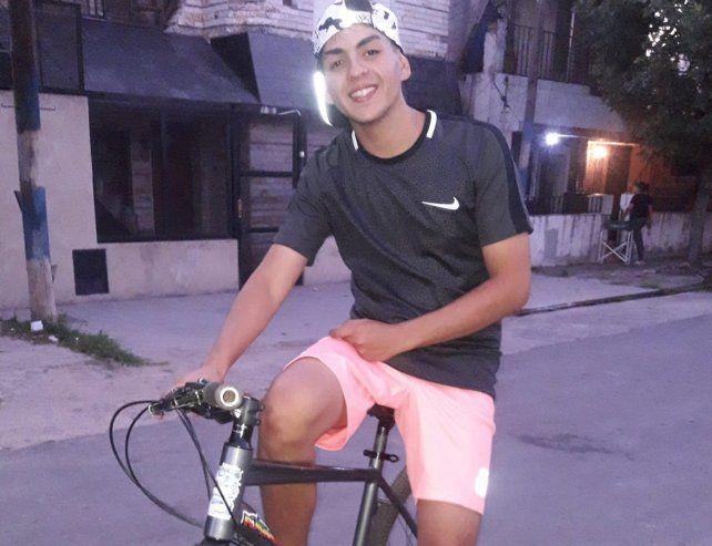 Alexis González tenía 19 años y vivía en Spiro al 300
