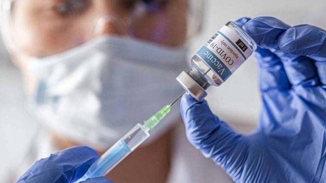 El martes comienzan a vacunar a los chicos de 12 a 17 años con comorbilidades