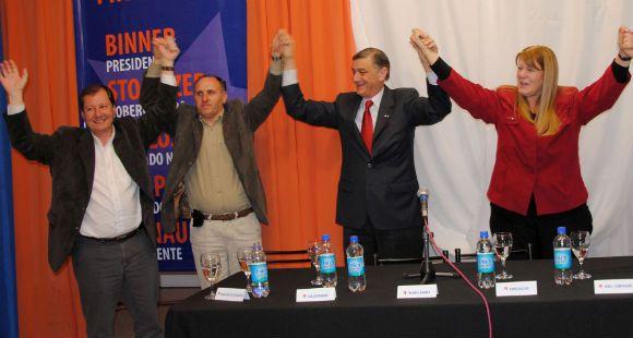 Binner recorrió Azul: Somos la alternativa de cambio para todos los argentinos