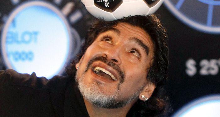 Maradona: Lo bueno de que me comparen con Messi es que dejan afuera a Pelé