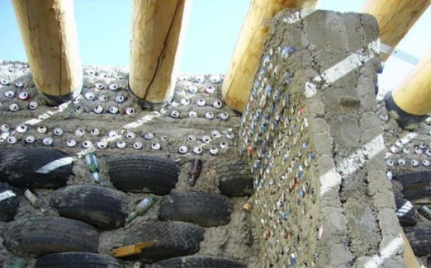 En Ushuaia. La vivienda que utilizó materiales reciclables.
