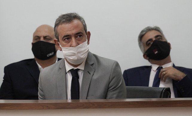 El Intendente Pablo Javkin adelantó que priorizaran  que no baje una persiana más  en Rosario.