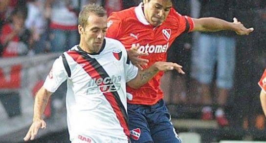 Colón le empata a Independiente al término del primer tiempo en Santa Fe
