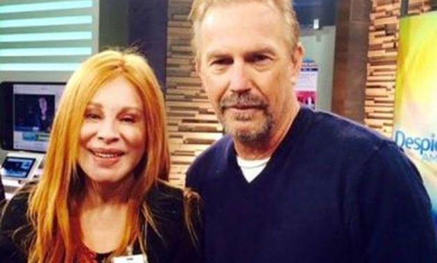 Nacha Guevara encontró de casualidad a Kevin Costner y lamentó no estar maquillada