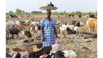 En el campo. El 80 por ciento de la población de Burkina Faso vive del trabajo agrícola de subsistencia.