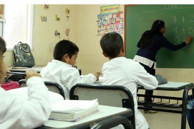 La provincia releva escuelas, pero no tira fecha para las clases presenciales
