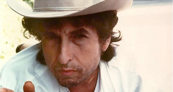 El incansable y talentoso Bob Dylan llega a los 70 con mucho para ofrecer