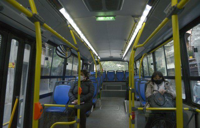 A bordo. La secretaria de Movilidad sostuvo que los pasajeros tuvieron un buen comportamiento y respetaron el distanciamiento social.