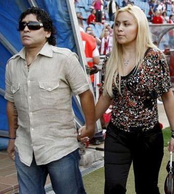 Rumores de embarazo para Verónica Ojeda, la novia de Diego Maradona