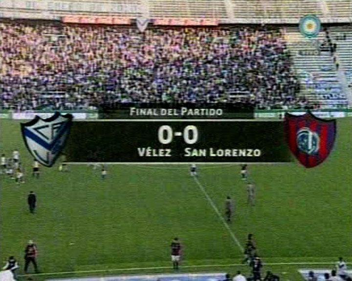 Vélez empató 0 a 0 con San Lorenzo y resignó la cima del campeonato