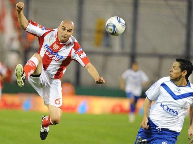 Unión se despidió de su gente en el torneo con un empate ante Vélez