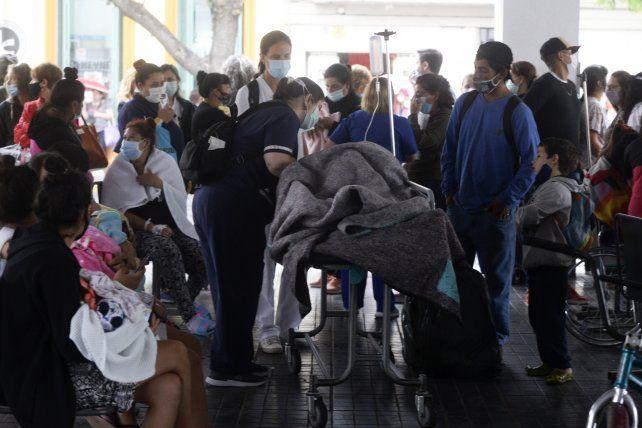 SAN LUIS Y MORENO. Las instalaciones del Cemar fueron desalojadas ayer. Pacientes