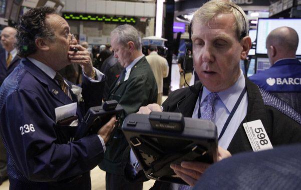 Mercados tensos. La posibilidad de que la FED frene la política de estímulo a la economía perturbó a Wall Street.