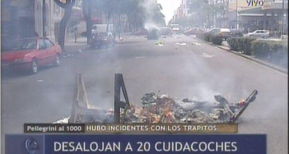 Desalojan a 20 cuidacoches de plaza López y 7 quedan demorados por incidentes en el operativo