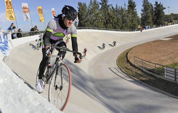 Movimiento. El circuito se inauguró con competencias de bicicletas.