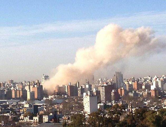 Minutos posteriores a la explosión que conmovió a toda la ciudad.