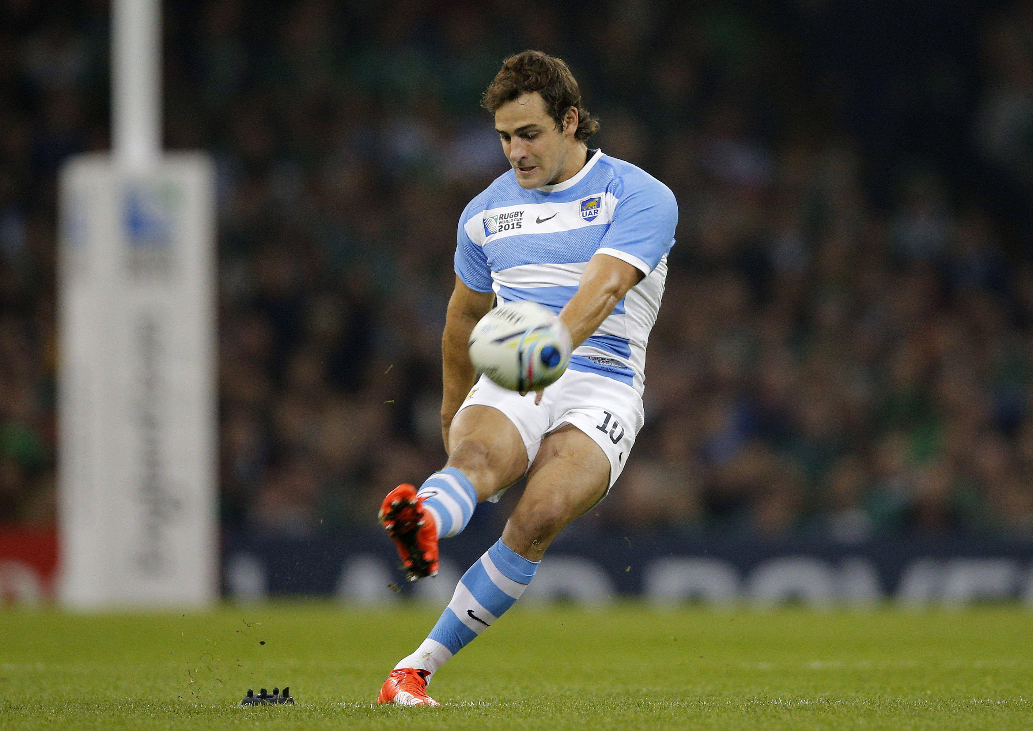 El medio apertura Sánchez es el máximo anotador del Mundial de rugby de Inglaterra con 74 puntos. (AP)