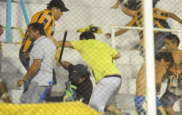 El tribunal de la AFA penó a los hinchas canallas por los incidentes en Tucumán. Lo positivo fue que no hubo más amonestaciones y no hay riesgo de desafiliación.