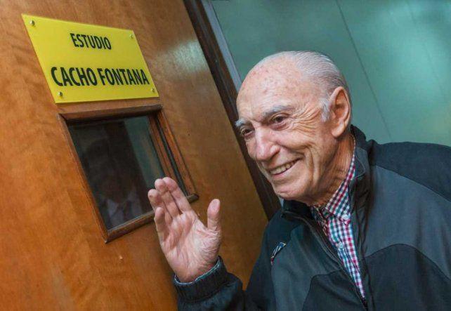 Cacho Fontana está internado en el Hospital Fernández por problemas pulmonares
