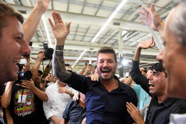 Tinelli arrasó en las urnas y es el nuevo presidente de San Lorenzo