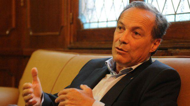 Rubén Giustiniani acompañó con su firma la invitación al ministro Pullaro para que concurra a la Legislatura.