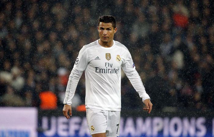 Cristiano Ronaldo no pudo desnivelar a favor del Real Madrid y dejó la cancha notoriamente enojado.