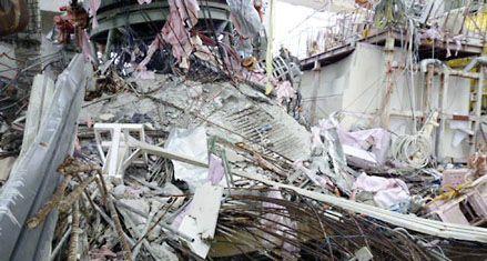 Japón mostró las ruinas que dejó el maremoto en la usina de Fukushima