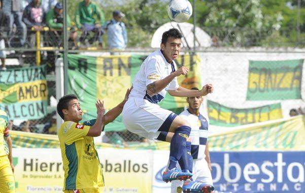 En Florencio Varela. Domínguez salta y gana. Desde ahí empezó la racha canalla de victorias de visitante.