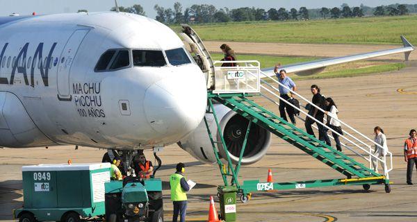 Nada justifica la testarudez de la Nación de impedir que LAN vuele desde Rosario