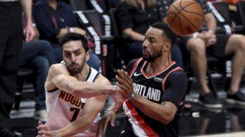 Denver Nuggets, con Facundo Campazzo, perdió Portland Trail Blazers por 115-95 y la llave quedó 2-2 a la espera del quinto partido, el martes, en el Ball Arena de Denver.