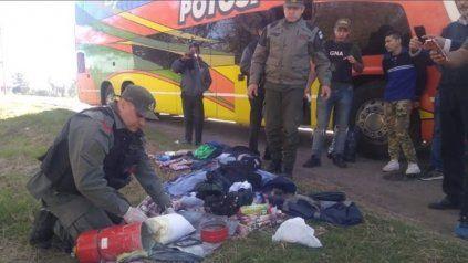 El miércoles 15 de mayo de 2019 efectivos de gendarmería detuvieron a dos ciudadanos bolivianos con 5 kilo de cocaína camuflada en un extintor.