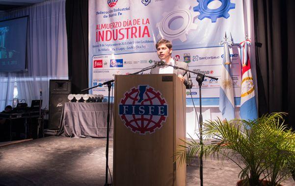 Celebración. Kicillof recogió aplausos durante el almuerzo por el Día de la Industria que se realizó en Casilda.