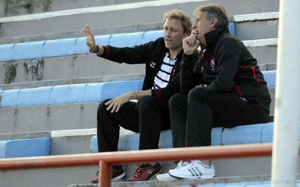Lunari lamentó que su equipo regresara de Sarandí con las manos vacías. (Foto: G. de los Rios)