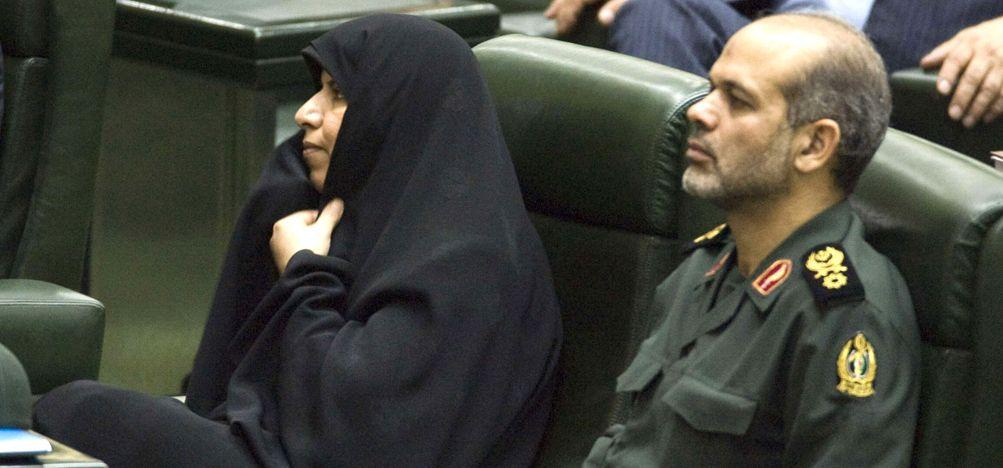 Irán avaló como ministro de Defensa a un acusado por el ataque a la Amia