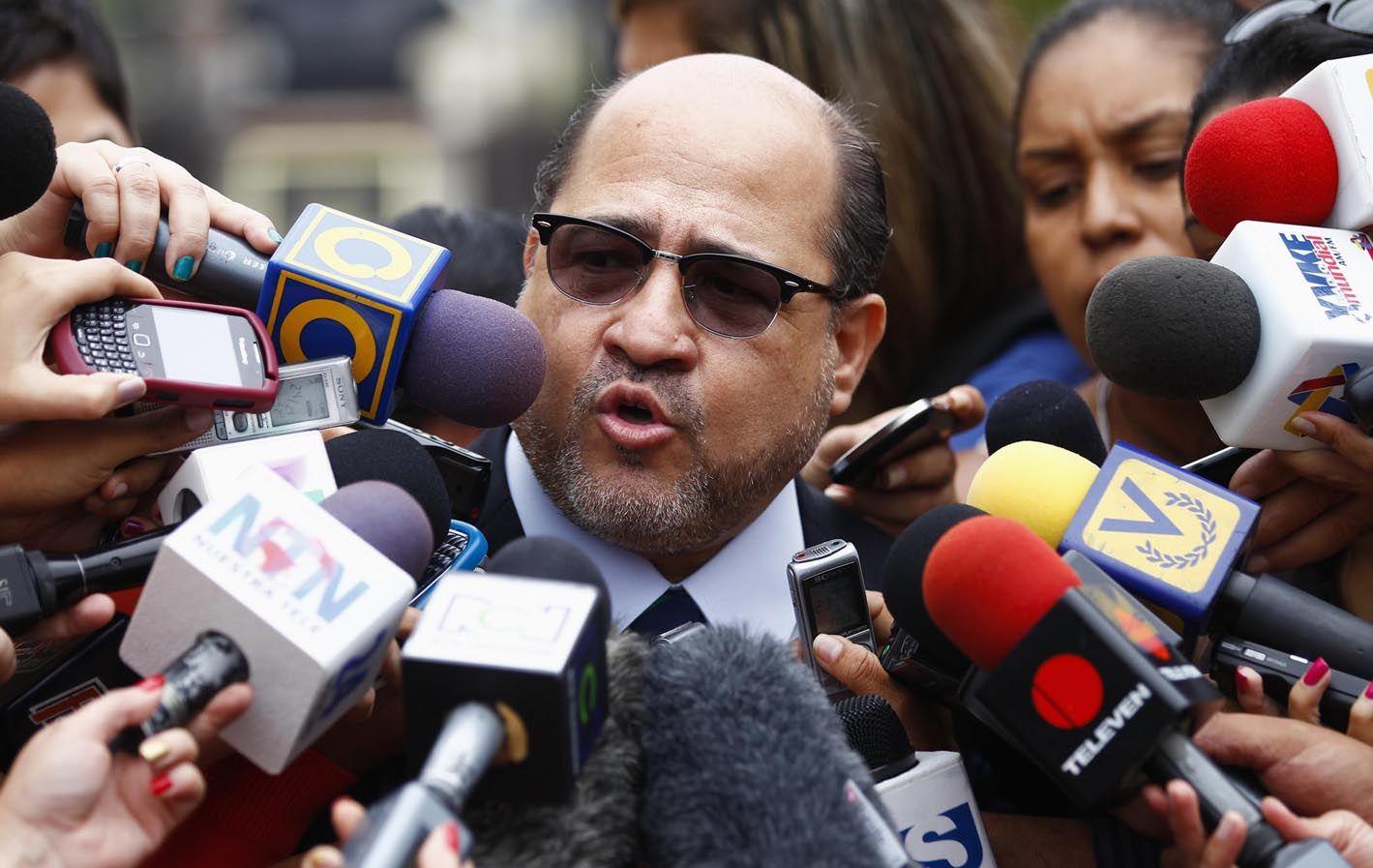 Apoderado. Capriles fue representado por Ramón Medina (foto).