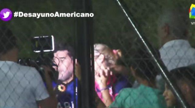 La custodia de Diego Maradona agredió a un equipo periodístico de América